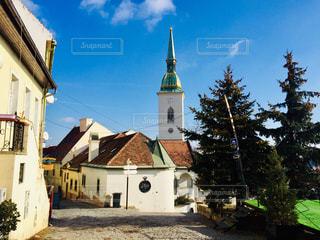 スロバキア ブラチスラバ。ブラチスラバ城へ向かう途中の街並み♪の写真・画像素材[1804367]
