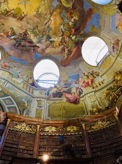 オーストリア ウィーン。国立図書館のフラスコ画♪の写真・画像素材[1816387]