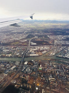 ハンガリー ブダペスト空港から離陸時の写真🤳の写真・画像素材[1950394]