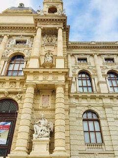 風景,空,建物,海外,きれい,綺麗,茶色,窓,アート,景色,観光,旅行,銅像,芸術,オーストリア,ウィーン,西洋,ベージュ,海外旅行,博物館,美術,景観,トラベル,飾り,日中,フォトジェニック,西欧,アーキテクチャ,インスタ映え,自然史博物館,ミルクティー色,自然史