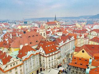 チェコ プラハ。世界遺産にも含まれる旧市街広場🇨🇿の写真・画像素材[2064587]