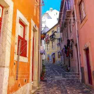 リスボンの裏道の写真・画像素材[770340]