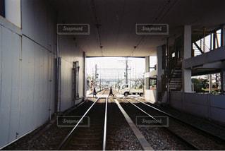 近くに鉄道駅のの写真・画像素材[706212]