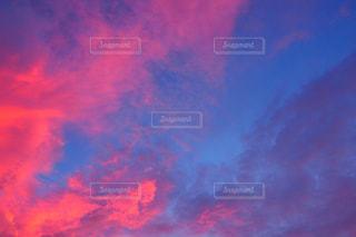 空の雲のクローズアップの写真・画像素材[2412761]
