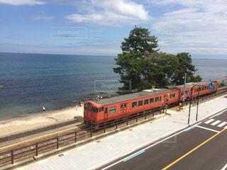 海と列車の写真・画像素材[1399729]