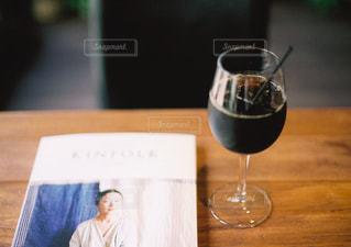 テーブル ワインのグラス - No.927743