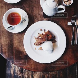 食品とコーヒーのカップのプレート - No.1037388