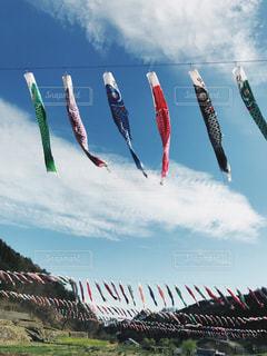 空に凧の飛行の人々 のグループ - No.1118545