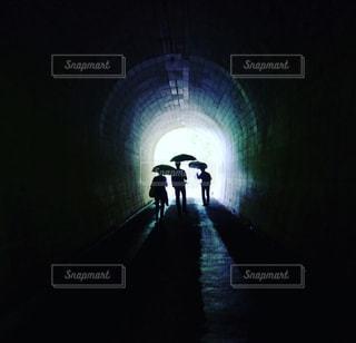 トンネルの向こう側の写真・画像素材[813106]