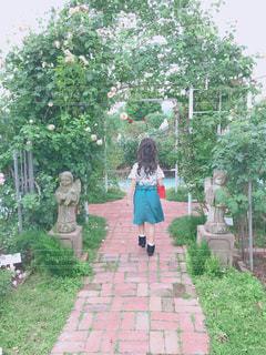 自然,花,屋外,後ろ姿,女の子,少女,背中,外
