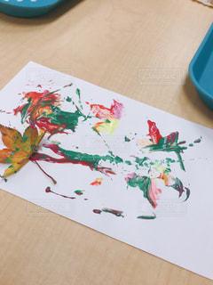 葉っぱでアートの写真・画像素材[3226270]