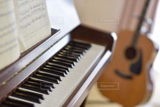 ピアノの鍵盤の写真・画像素材[1247703]