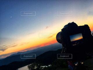 自然,空,夏,夕日,絶景,屋外,太陽,雲,夕暮れ,山,撮影,旅行,旅,iphone,三日月,夕陽,九州,一眼レフ,マジックアワー,大分,耶馬渓