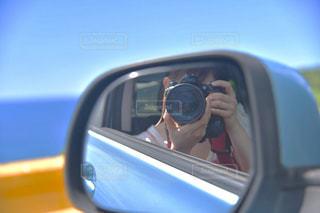 車のサイドミラー ビューの写真・画像素材[1322567]