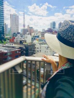 都市に、selfie を取っている人の写真・画像素材[1453648]