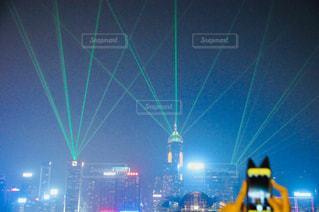 夜の交通信号の写真・画像素材[1855713]