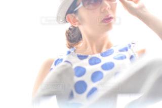 眼鏡をかけている女性の写真・画像素材[2280368]
