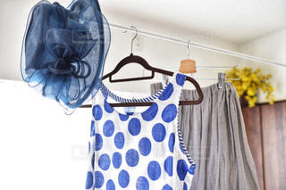 青と白のドレスの写真・画像素材[2280371]