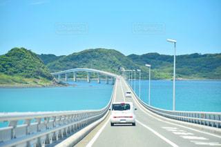 自然,夏,橋,屋外,青空,散歩,車,山,観光,旅行,旅,レジャー,快晴,ドライブ,お散歩,山口,ライフスタイル,おでかけ,角島大橋,車両,日中