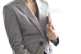 スーツとネクタイを着た男の写真・画像素材[3048925]