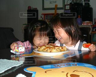 最高の笑顔の写真・画像素材[828595]