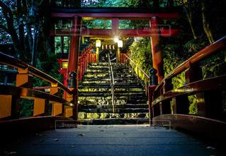 夜ライトアップ橋 - No.1053896