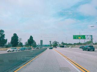 近くに高速道路のの写真・画像素材[996765]