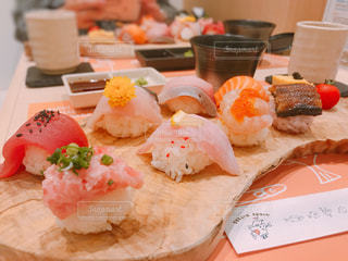 カラフル手まり寿司の写真・画像素材[744029]