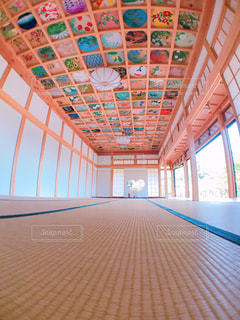 天井画と猪目窓 - No.777239