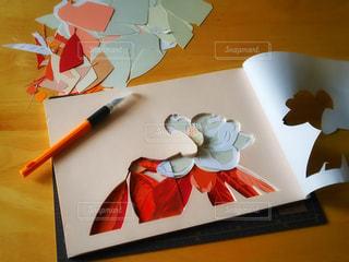 インテリア,花,アート,テーブル,絵画,工作,作品,紙,制作,飾る,画用紙,アートナイフ,彫紙アート,カッターマット,デザインナイフ