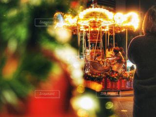 冬,夜,親子,人物,クリスマス,クリスマスツリー,クリスマスマーケット,12月,メリーゴーラウンド
