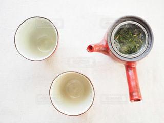 お茶を淹れるの写真・画像素材[1050021]