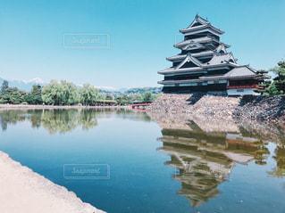 松本城のリフレクションの写真・画像素材[1217129]