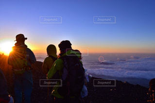 富士山登頂と御来光の写真・画像素材[769973]