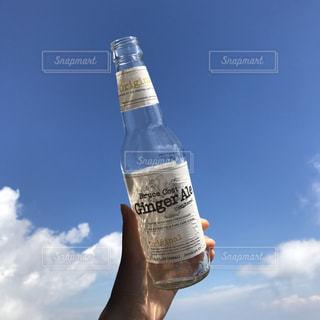 クローズ ボトルのアップの写真・画像素材[929224]