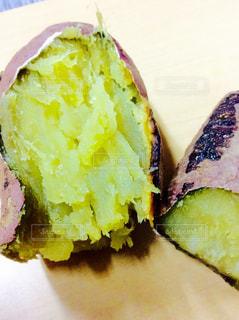 焼き芋の写真・画像素材[830112]