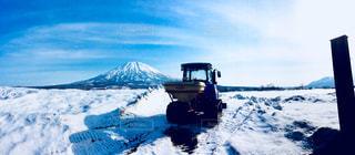 雪,畑,トラクター,銀世界,羊蹄山,倶知安