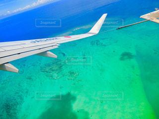 久米島へ飛ぶの写真・画像素材[2334808]
