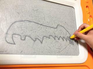 手,ペン,手書き,紙,おえかき,おうち時間,4歳児作成