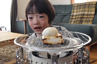 お餅とこどもの写真・画像素材[1439655]