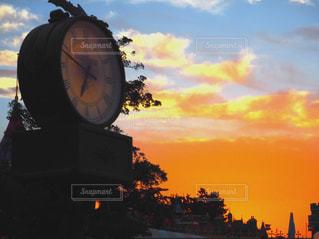 空,夕日,雲,夕焼け,夕暮れ,時計