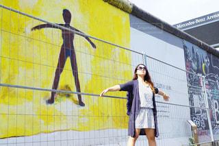ベルリンの壁の真似の写真・画像素材[758317]