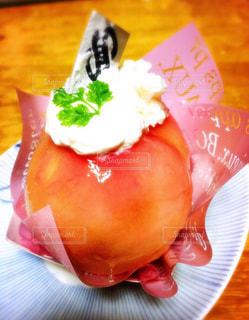 おいしい,季節限定,唐津,桃丸ごと一個使ったケーキ,ホリ