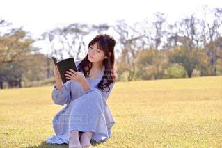 読書の秋の写真・画像素材[1572874]