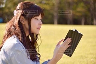 読書の秋の写真・画像素材[1572881]