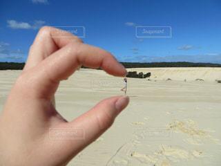 自然,砂浜,大自然,楽しい,ハンドサイン,インスタ映え,ジェスチャー