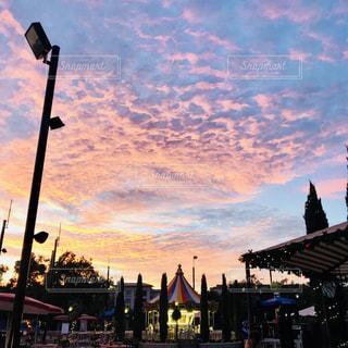 空,雲,夕焼け,アメリカ,観光,メリーゴーランド,旅行,USA,America,カリフォルニア,California,US,U.S.A.,アーバイン,Irvine