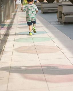 虹を走る男の子 - No.734254