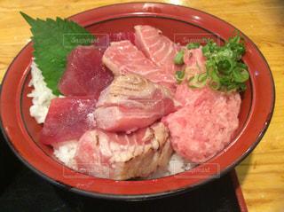 ランチ,魚,定食,丼,和風,海鮮,鮪,マグロ,大盛り,マグロ丼,どんぶり,さかな,ドンブリ,鮪丼
