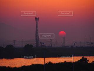 沈む夕日の写真・画像素材[768942]